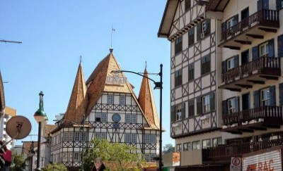 Blumenau e Brusque
